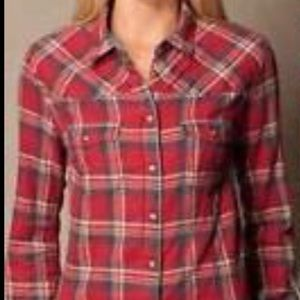 JACHS Girlfriend Tops - Jachs Girlfriend 100% cotton flannel shirt